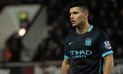 Sergio Aguero playing for Manchester City in 2016