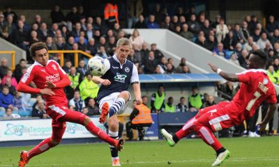 steve morison playing football for millwall in the sky bet league one in 2015