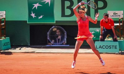 victoria azarenka playing tennis at roland garros